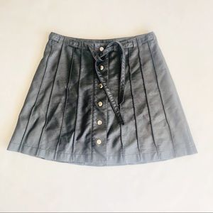 Free People Faux Leather Black Skirt Sz 4 Snaps